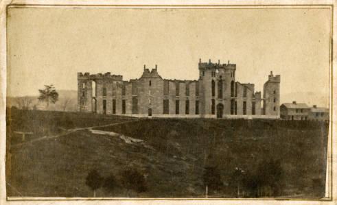 Ruins_of_Barracks_at_end_of_Civil_War_1866